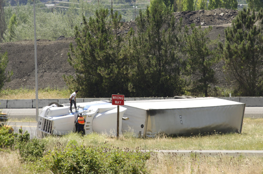 Common Types of Large Truck Accidents - Shamieh law
